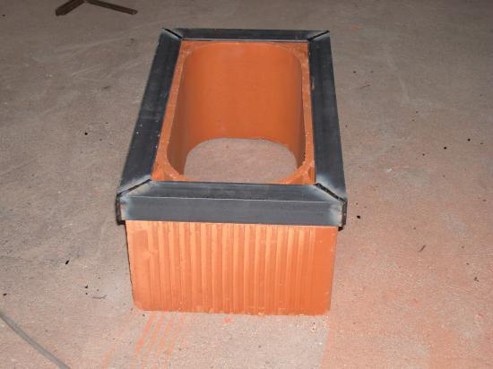 Construction du cadre support du premier boisseau for Laine de roche cheminee