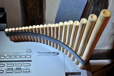 Image t5 et flute de pan